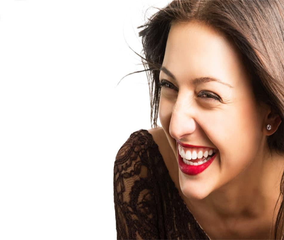 The-Best-Dentist-in-Geneva-Dr-Lavrisa-New-Smile